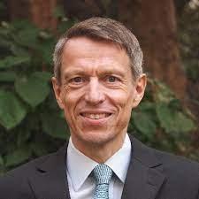 Dr. Soenke Ziesche