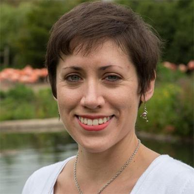 Dr Caitlin Kight